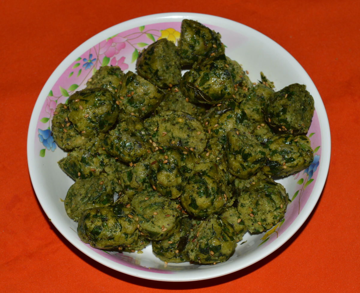 Spinach and fenugreek leaf dumplings (palak and methi muthiya)