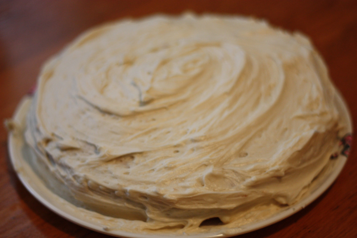 The completed gluten-free vanilla cake.