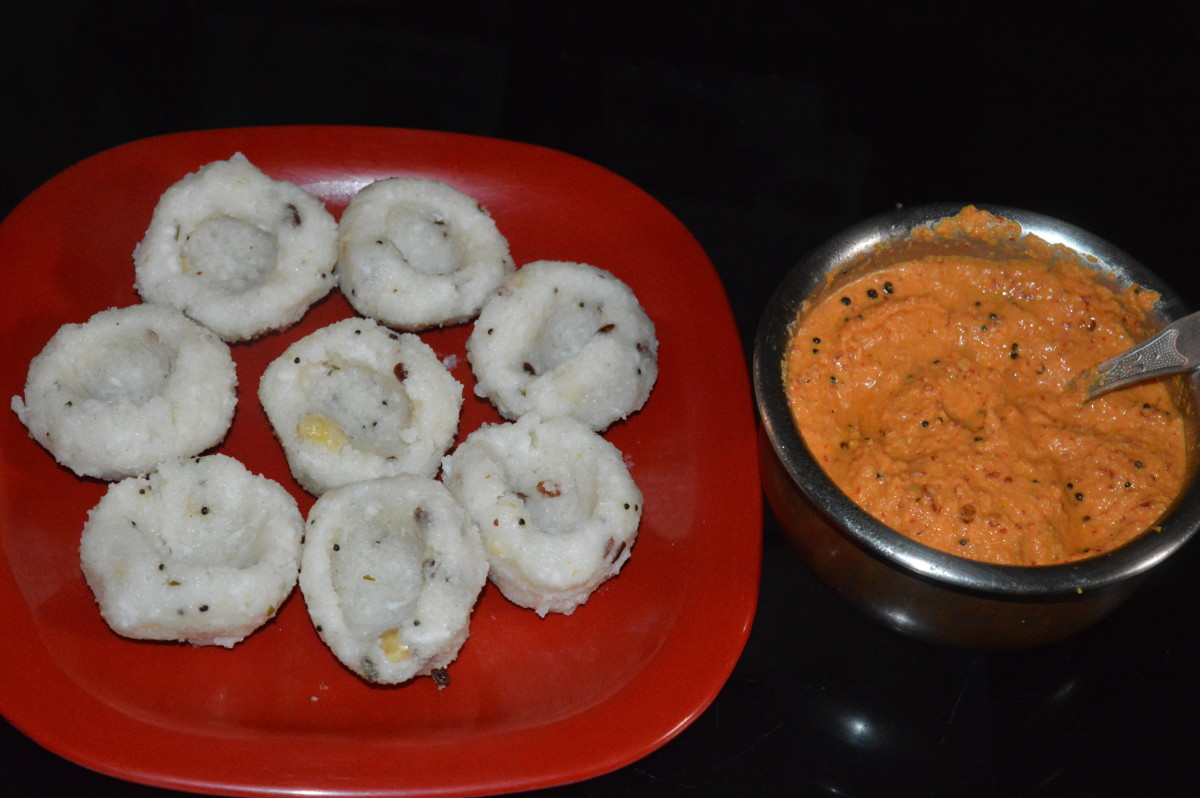Rice Semolina and Bean Steamed Dumplings Recipe (Rice Pundi)