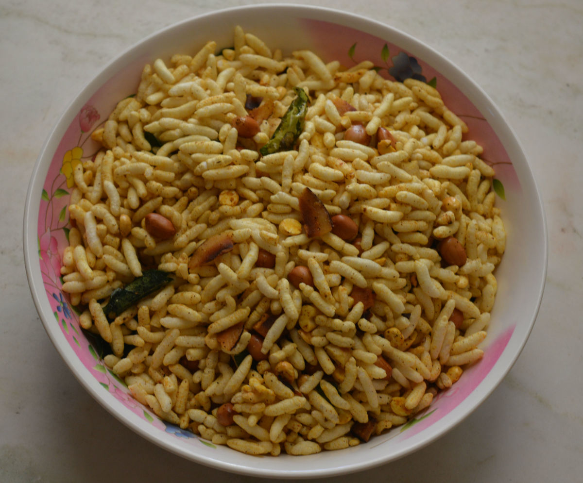 Spicy Puffed Rice or Murmura  Masala Chivda