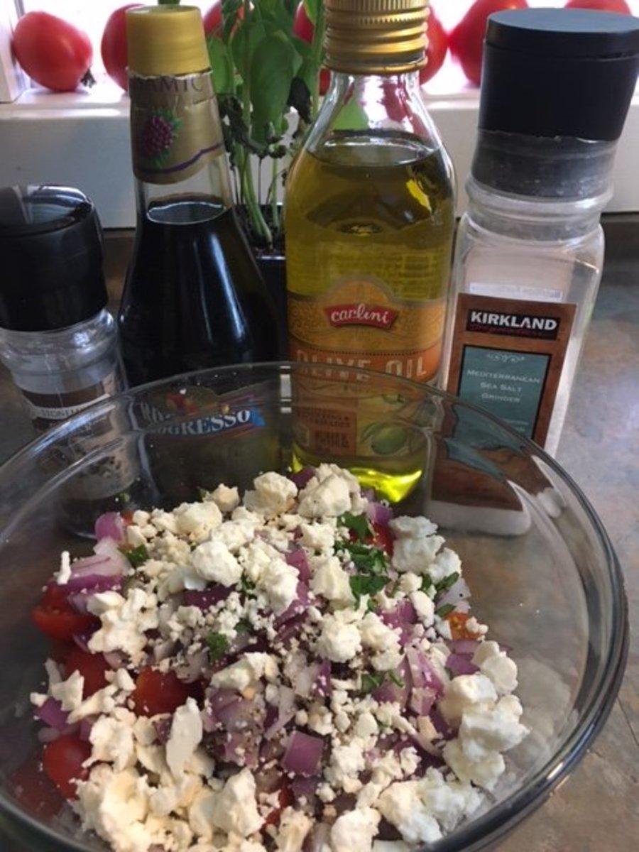 Easy and Delicious Tomato Feta Summer Salad Recipe