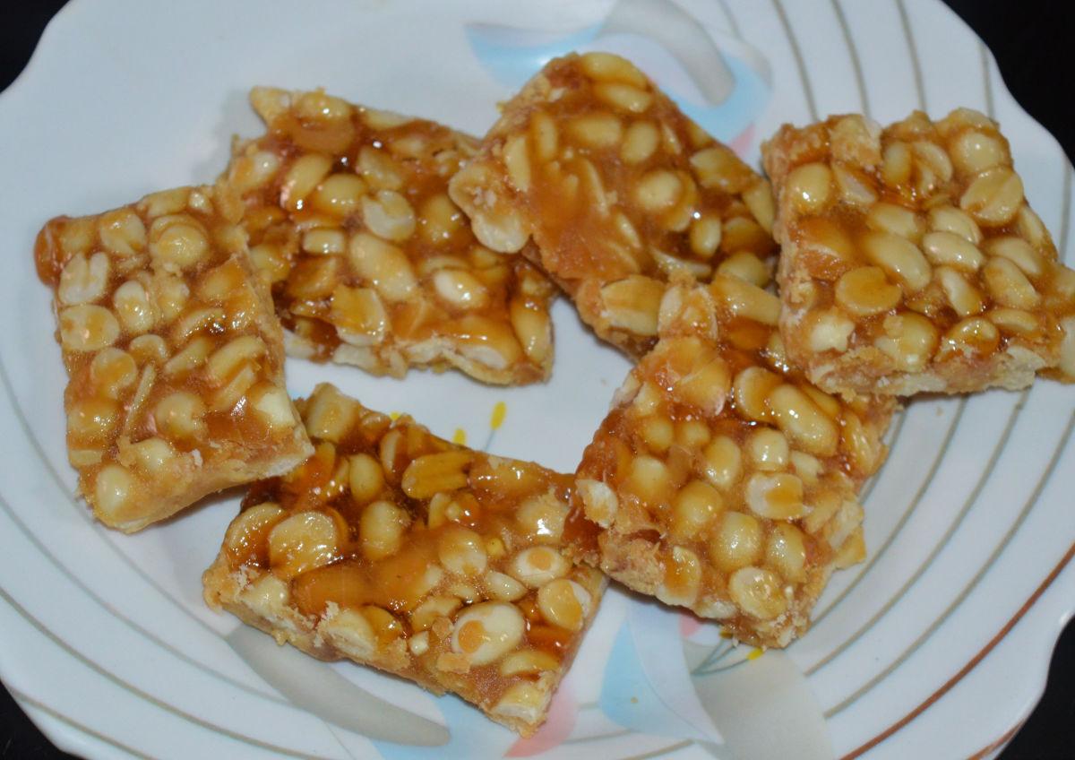 Homemade peanut jaggery bars (peanut chikki)