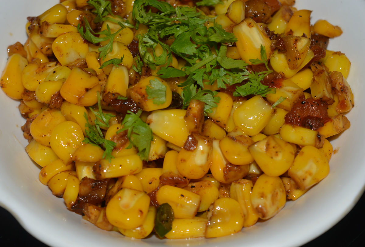 Sweet Corn Stir-fry With Ginger, Garlic, and Tomatoes.