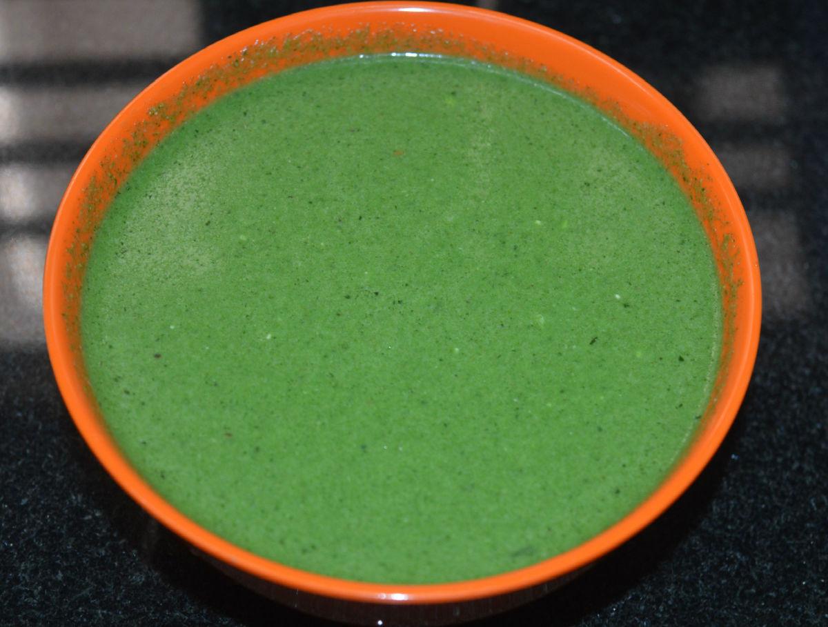 Moringa leaf beverage (drumstick leaf drink)