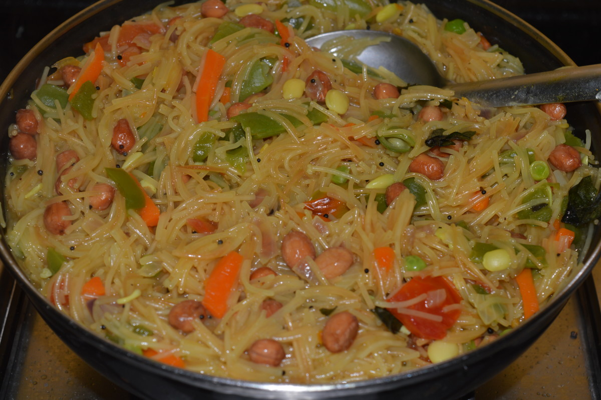 Wheat vermicelli and vegetable upma