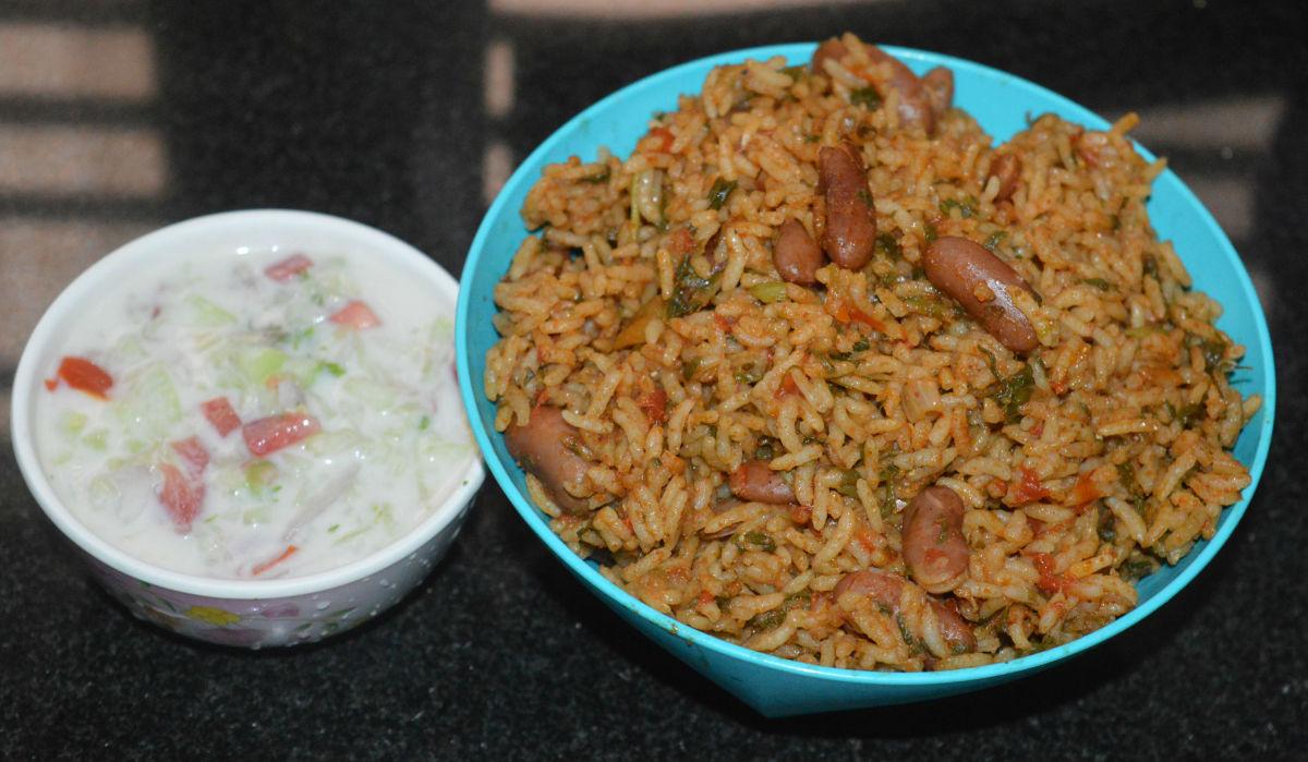 Vegan spinach rice (or palak rice).