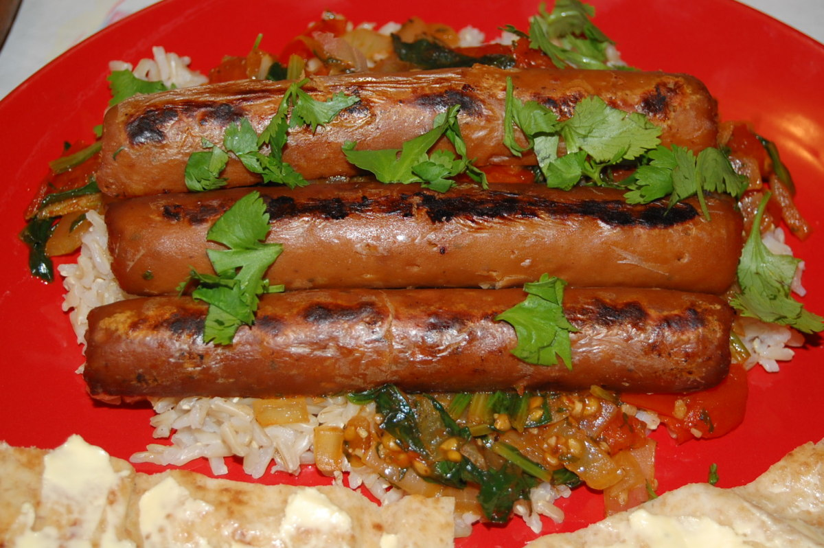Recipe and Review: Vegetarian Quorn Chicken and Apple Sausages With Rice