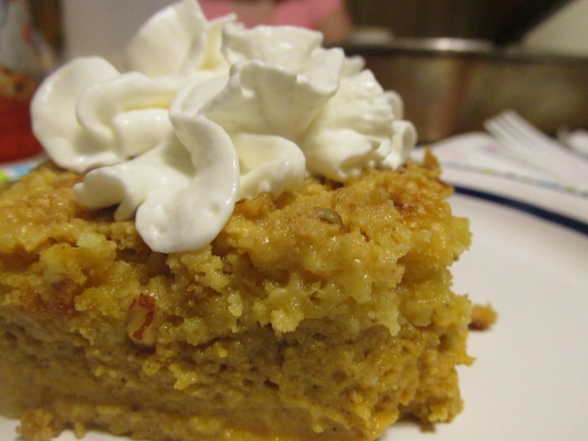 Lucious Pumpkin Pecan Dump Cake