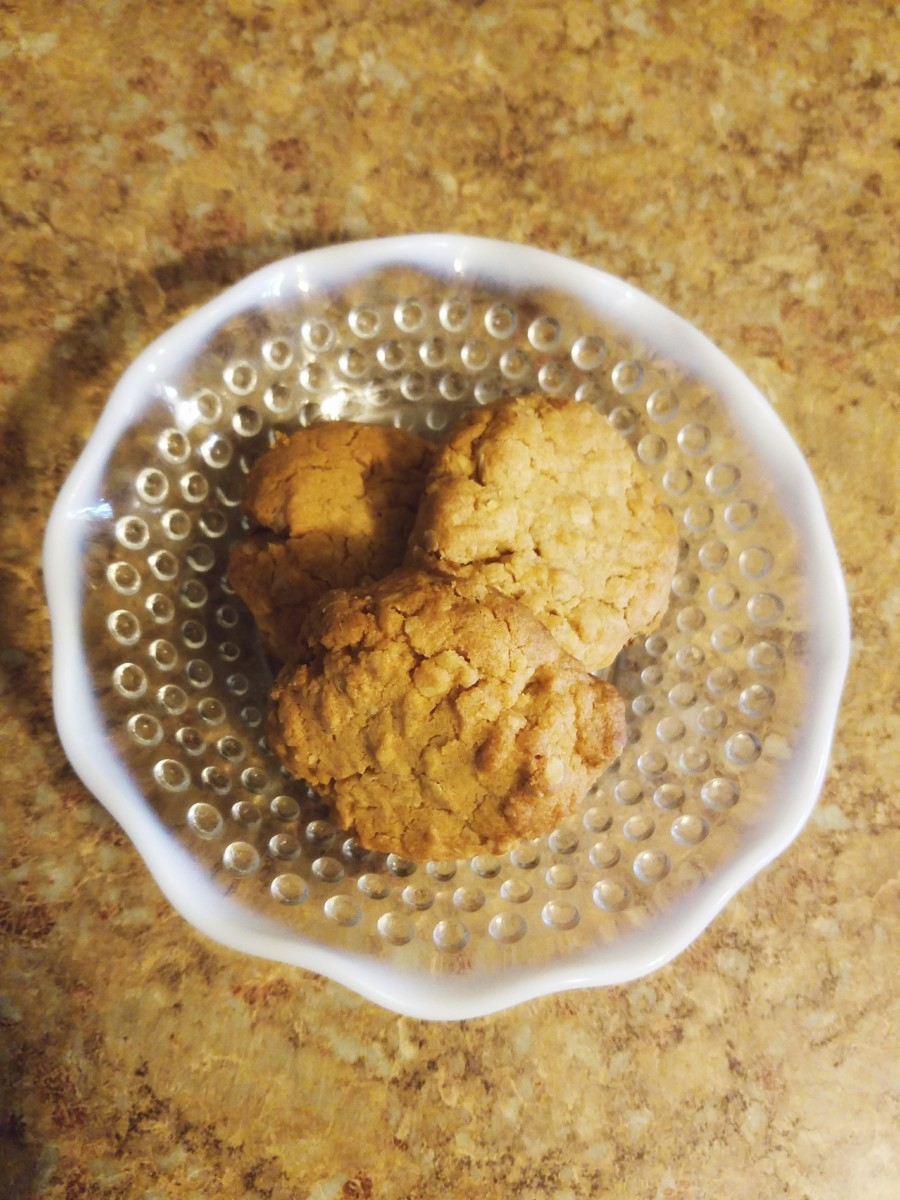 Grandma's Homemade Peanut Butter Oatmeal Cookies