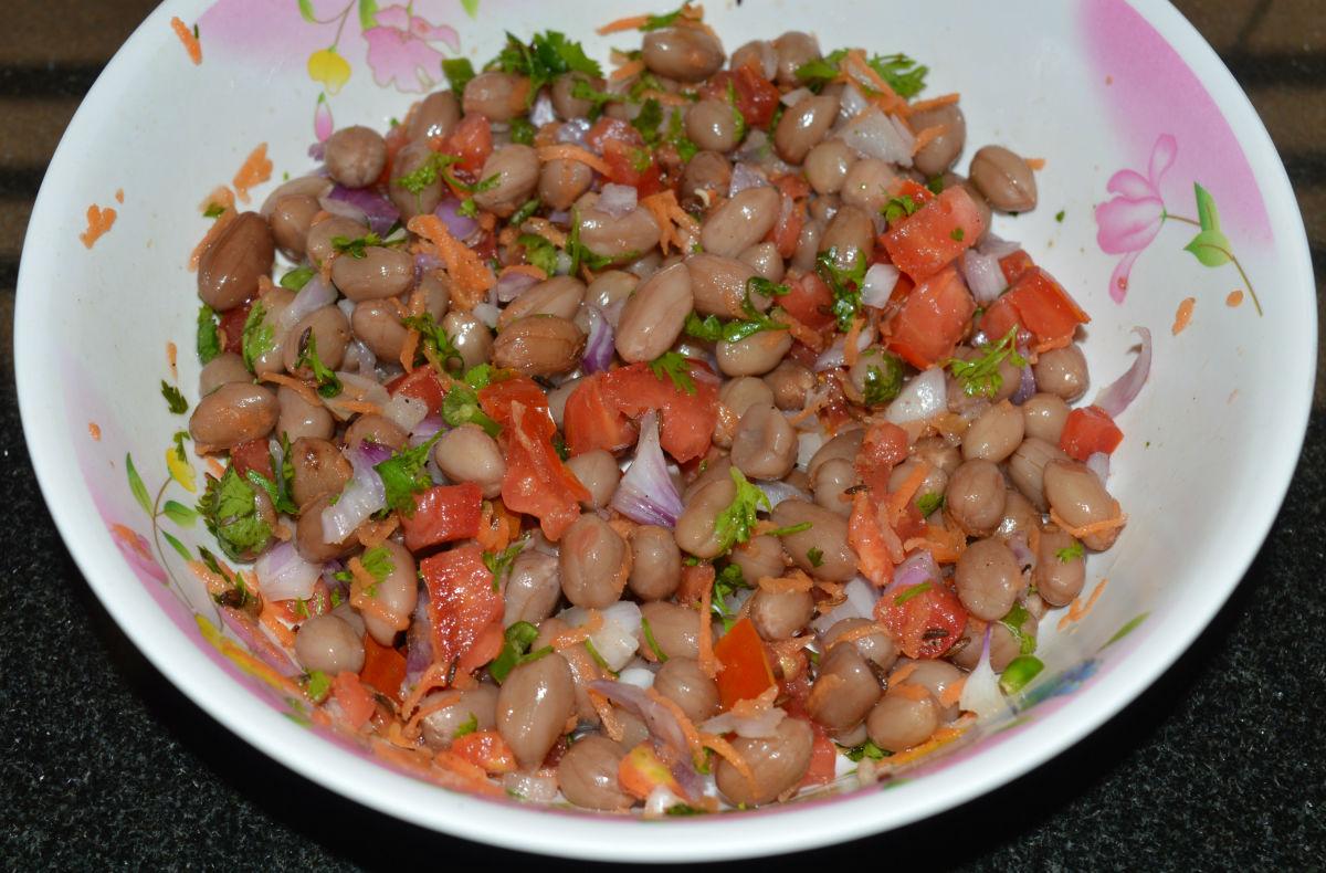 Peanut (groundnut) chaat