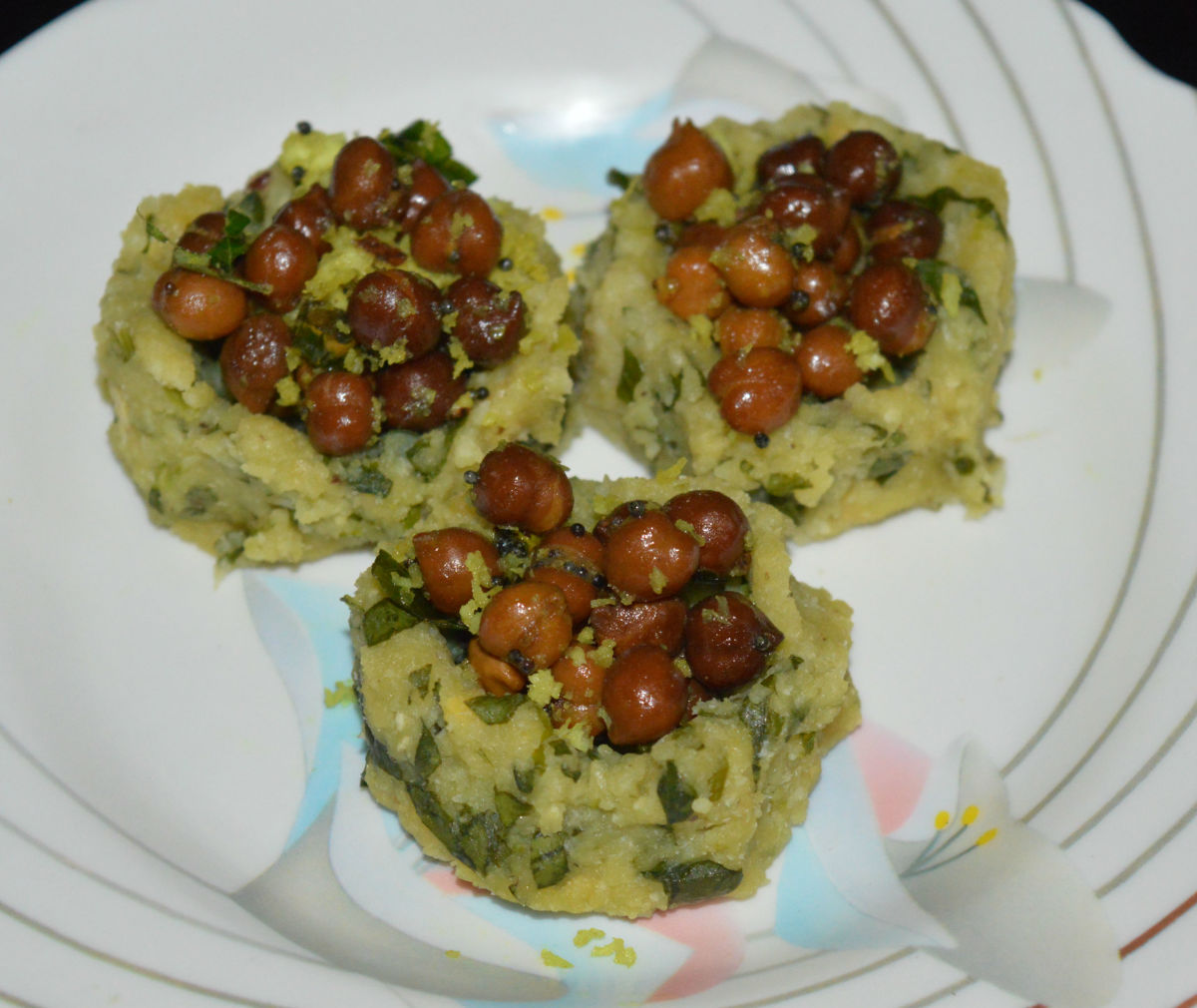 Steamed Lentil Fenugreek Baskets With Chickpea Salad