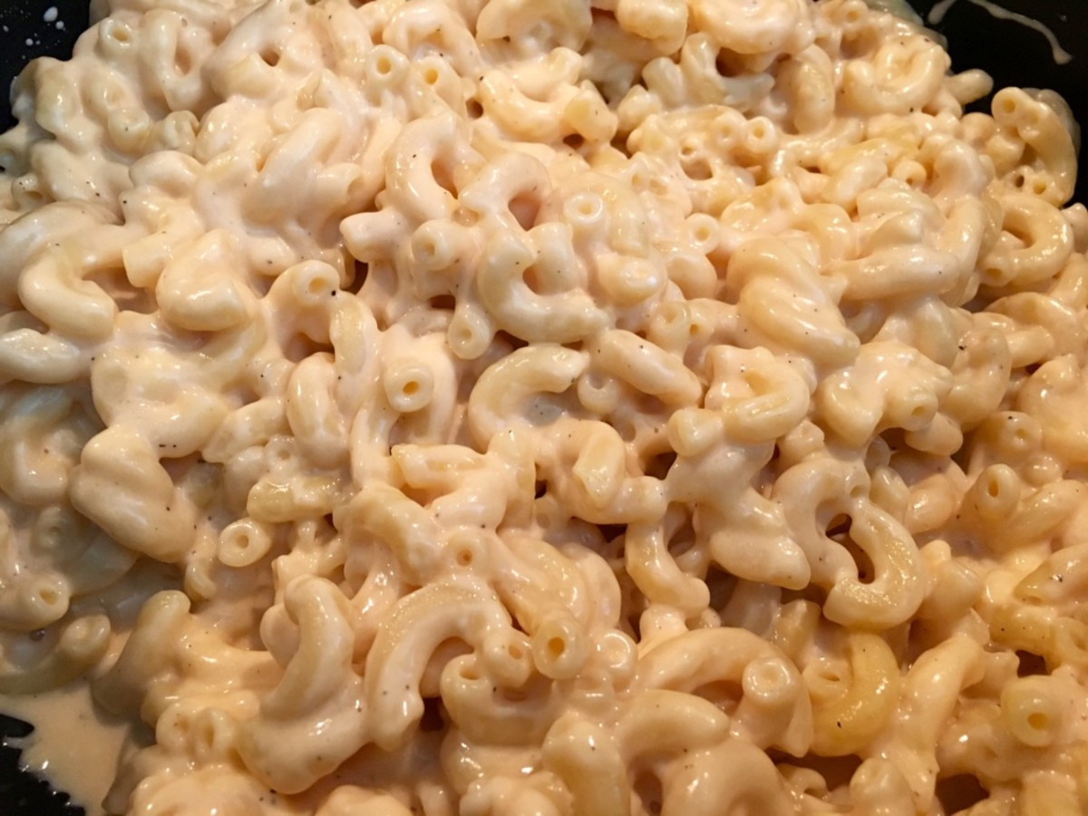 The Creamiest Macaroni and Cheese Ever