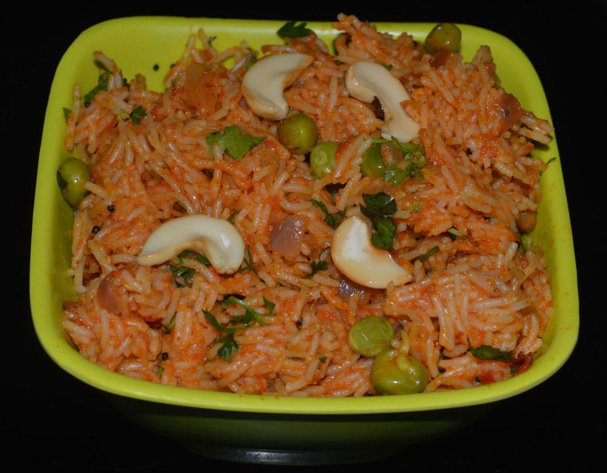 Semiya Tomato Bath/Sevai (Vermicelli) Tomato Upma Recipe