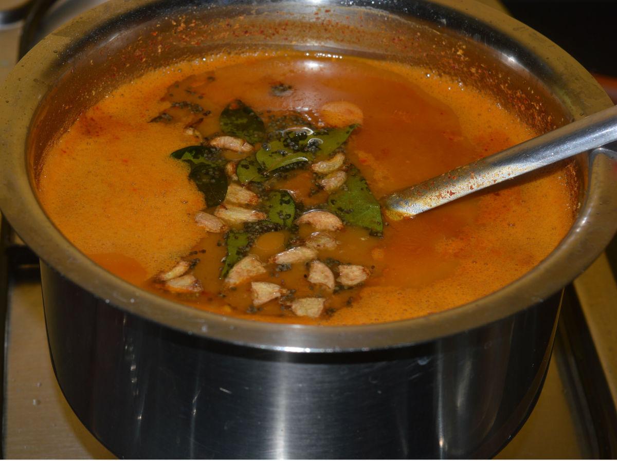 How to Make Huruli Saru or  Horse Gram Rasam