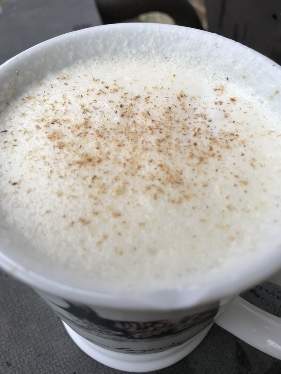 How to Make Fabulous Homemade Eggnog
