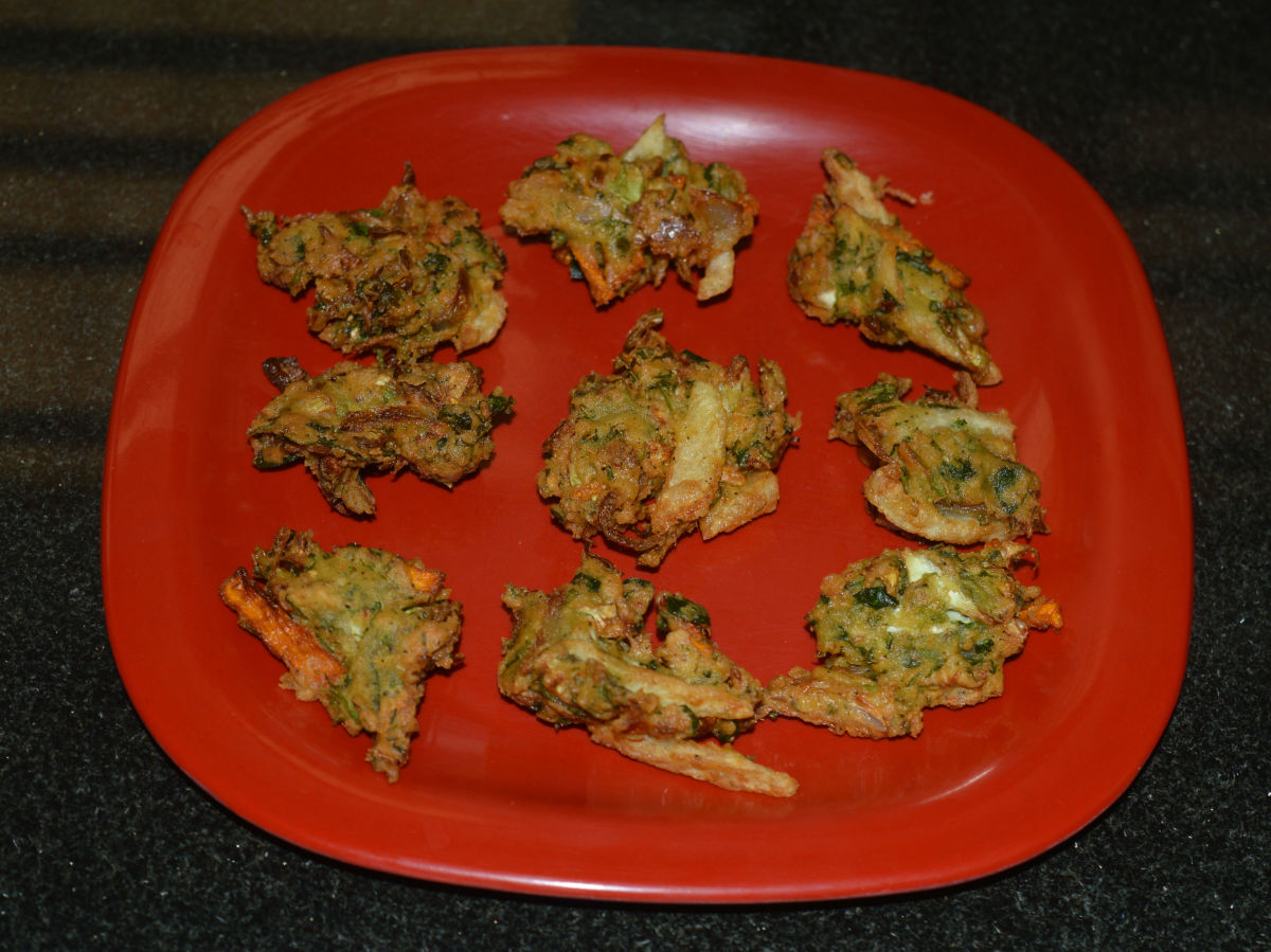 Mixed Vegetable Fritters or Vegetable Pakoras