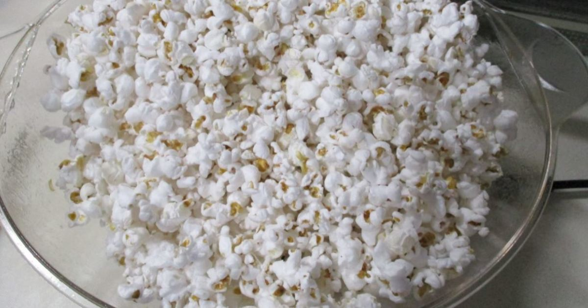 Minnesota Cooking: Stir Crazy for Popcorn