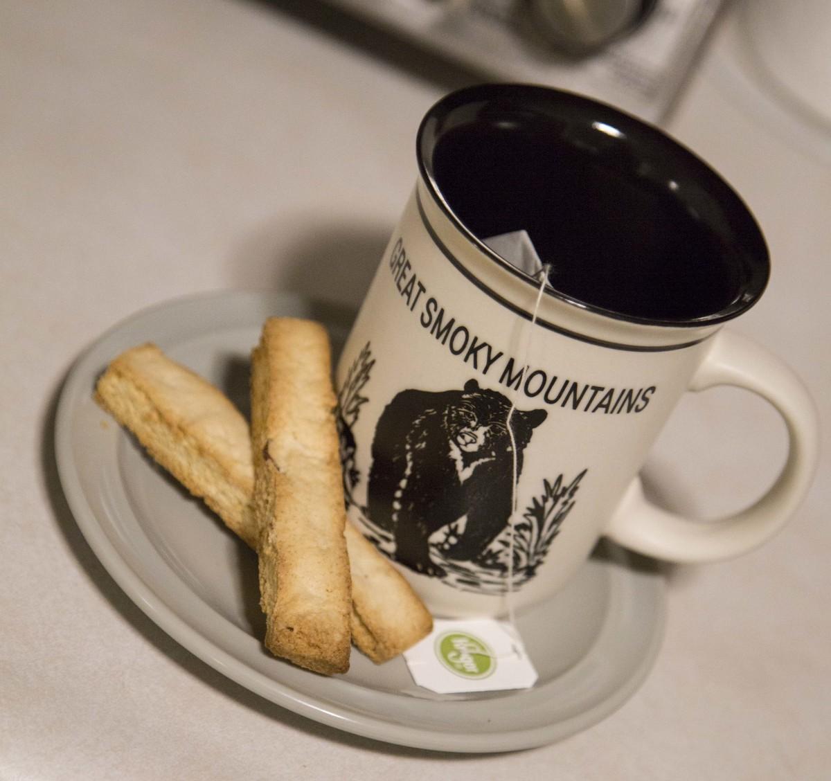 almond-biscotti-snowy-day-baking