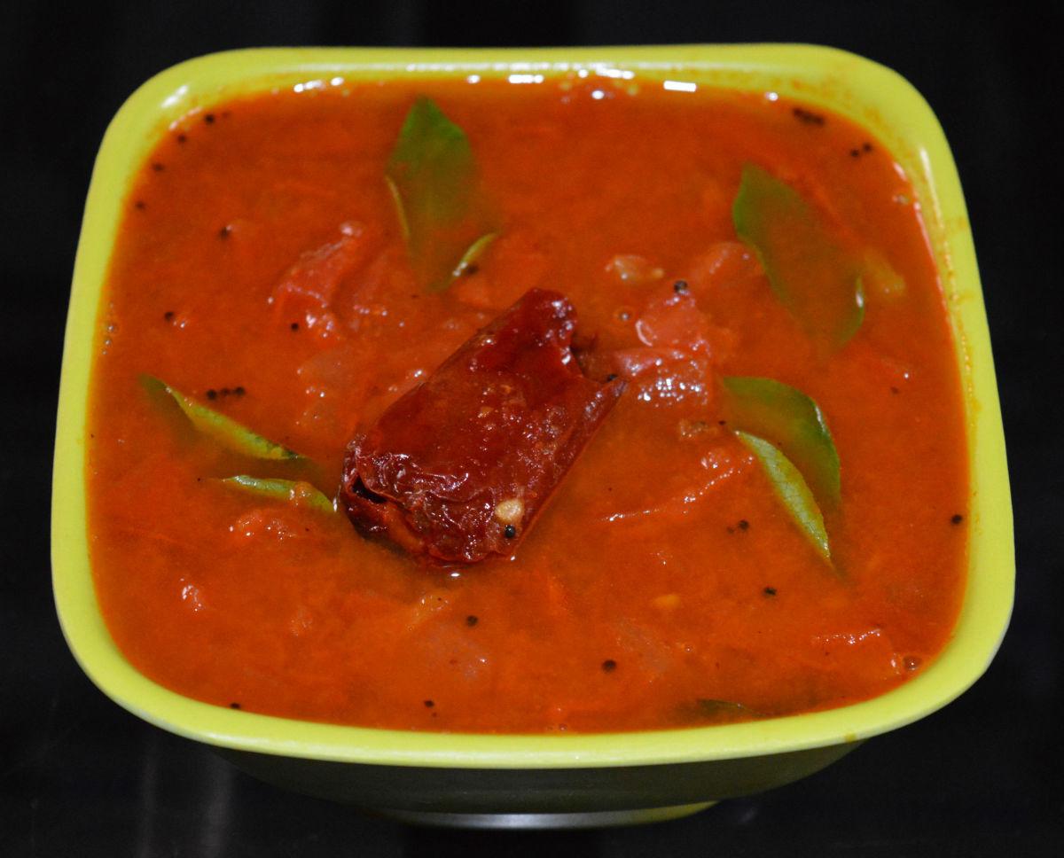 Boiled Tomato Curry (Tomato Gojju) Recipe