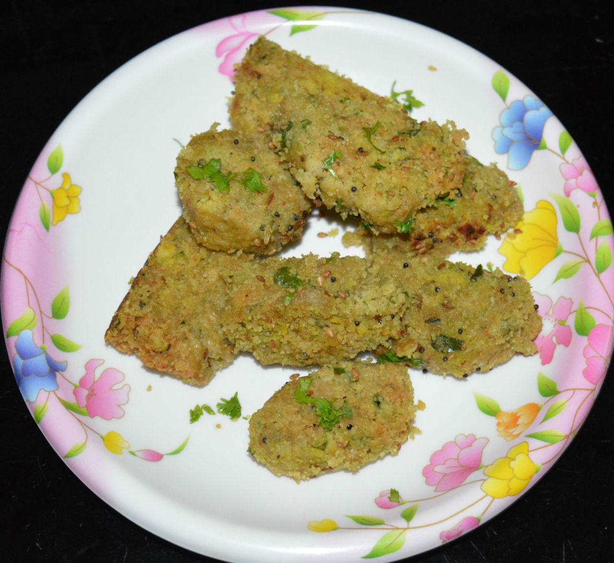 Bottle Gourd Muthiya (Lauki Muthiya) Recipe