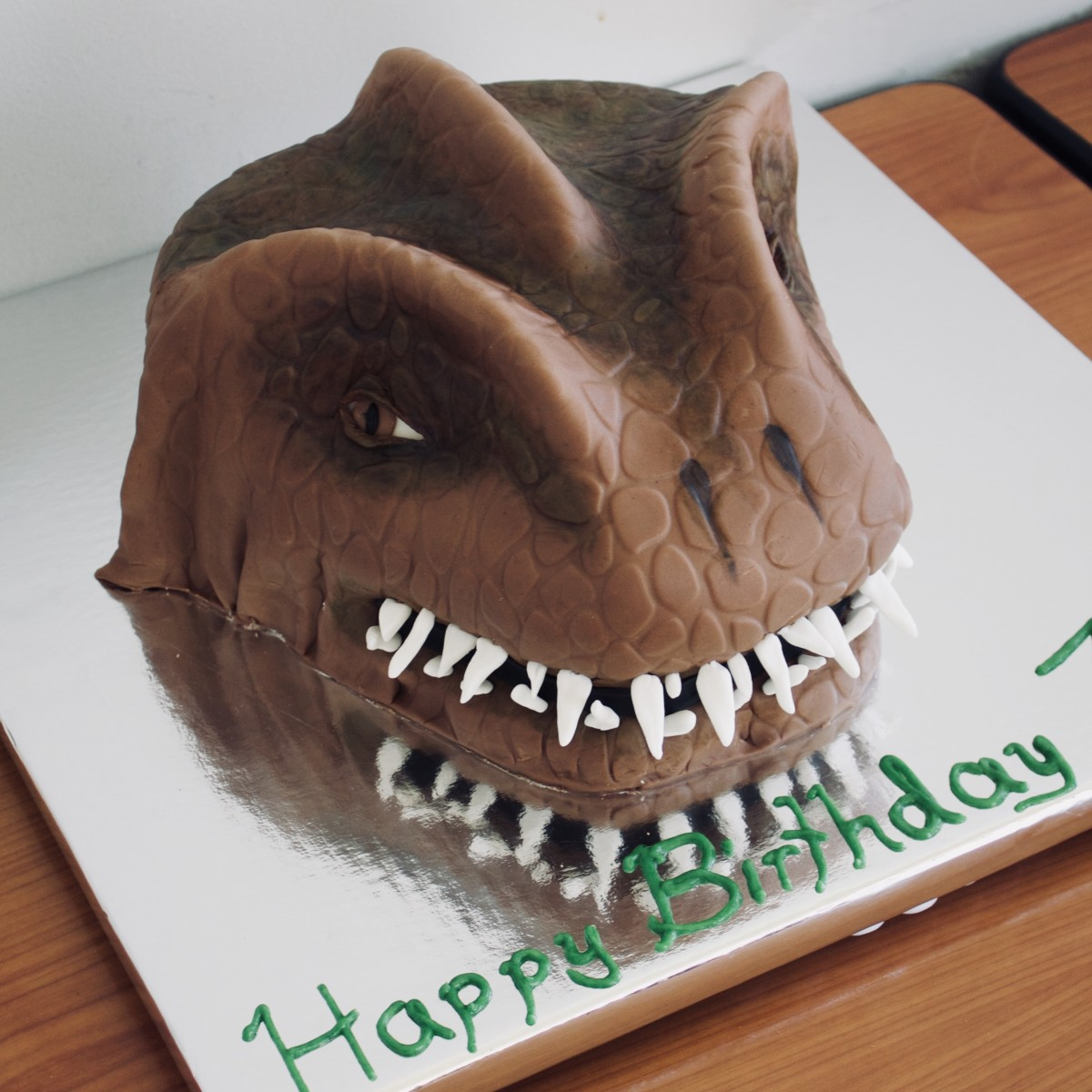 Tremendous How To Make A Fondant Covered T Rex Cake Delishably Personalised Birthday Cards Paralily Jamesorg