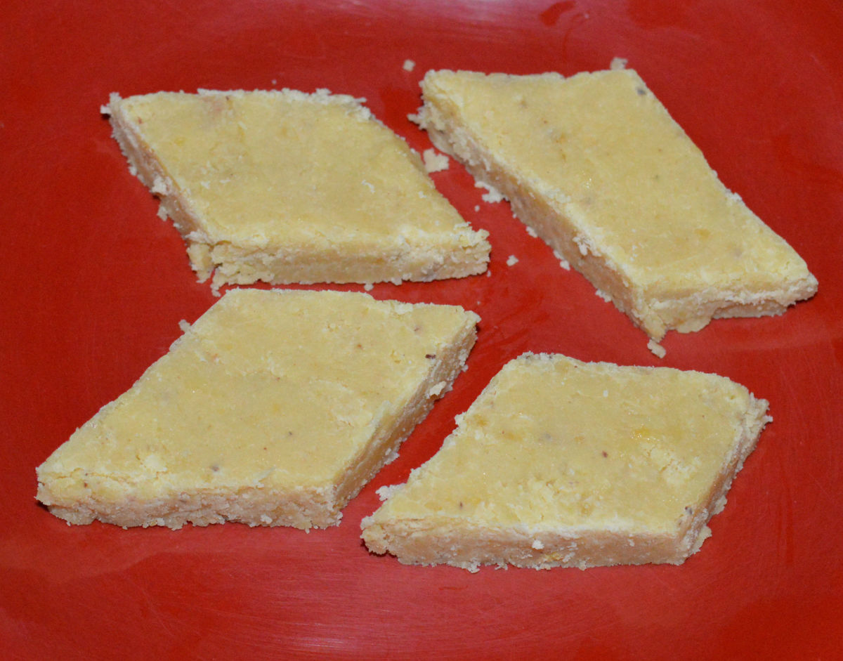 Seven-cup cake (burfi)