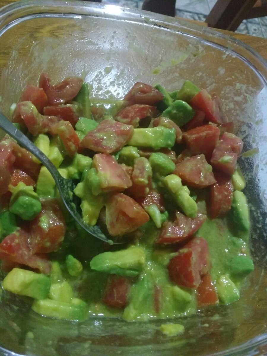 Tropical Avocado and Tomato Salad