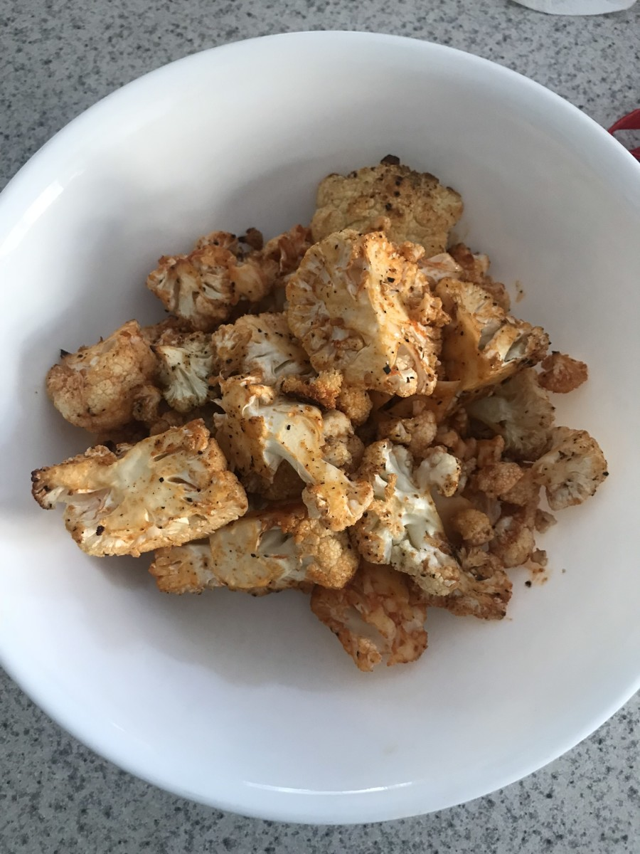 A freshly prepared serving of buffalo cauliflower ready to be devoured.