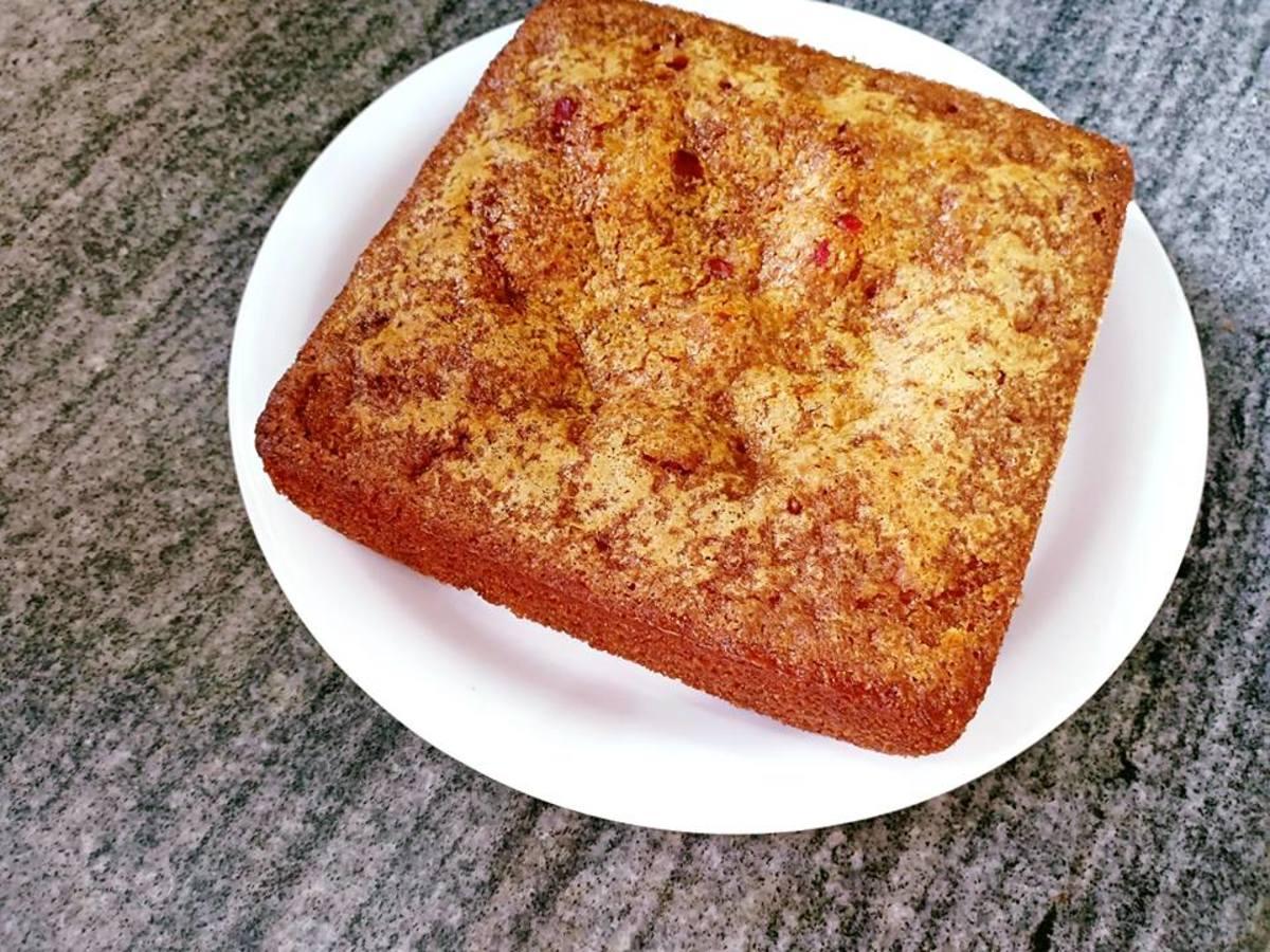 Eggless sooji (semolina) cake