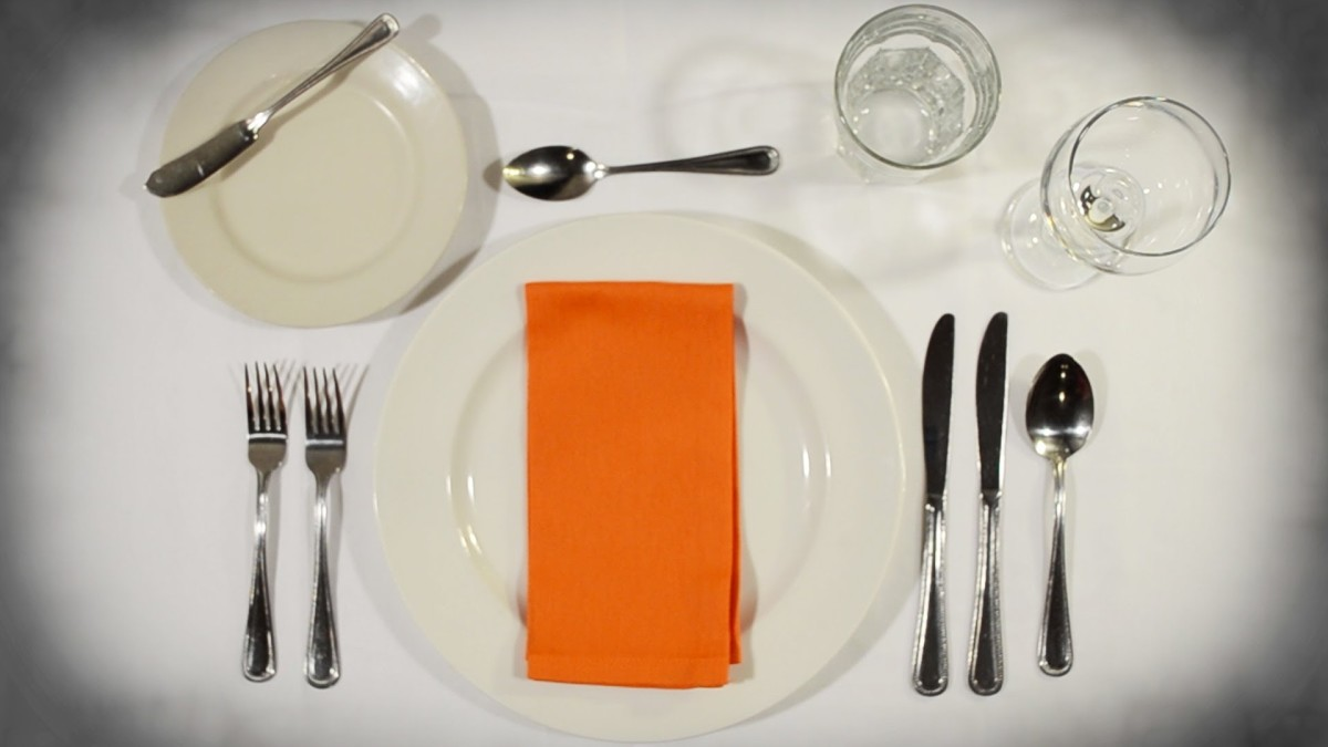 Table Etiquette and Simple Tips