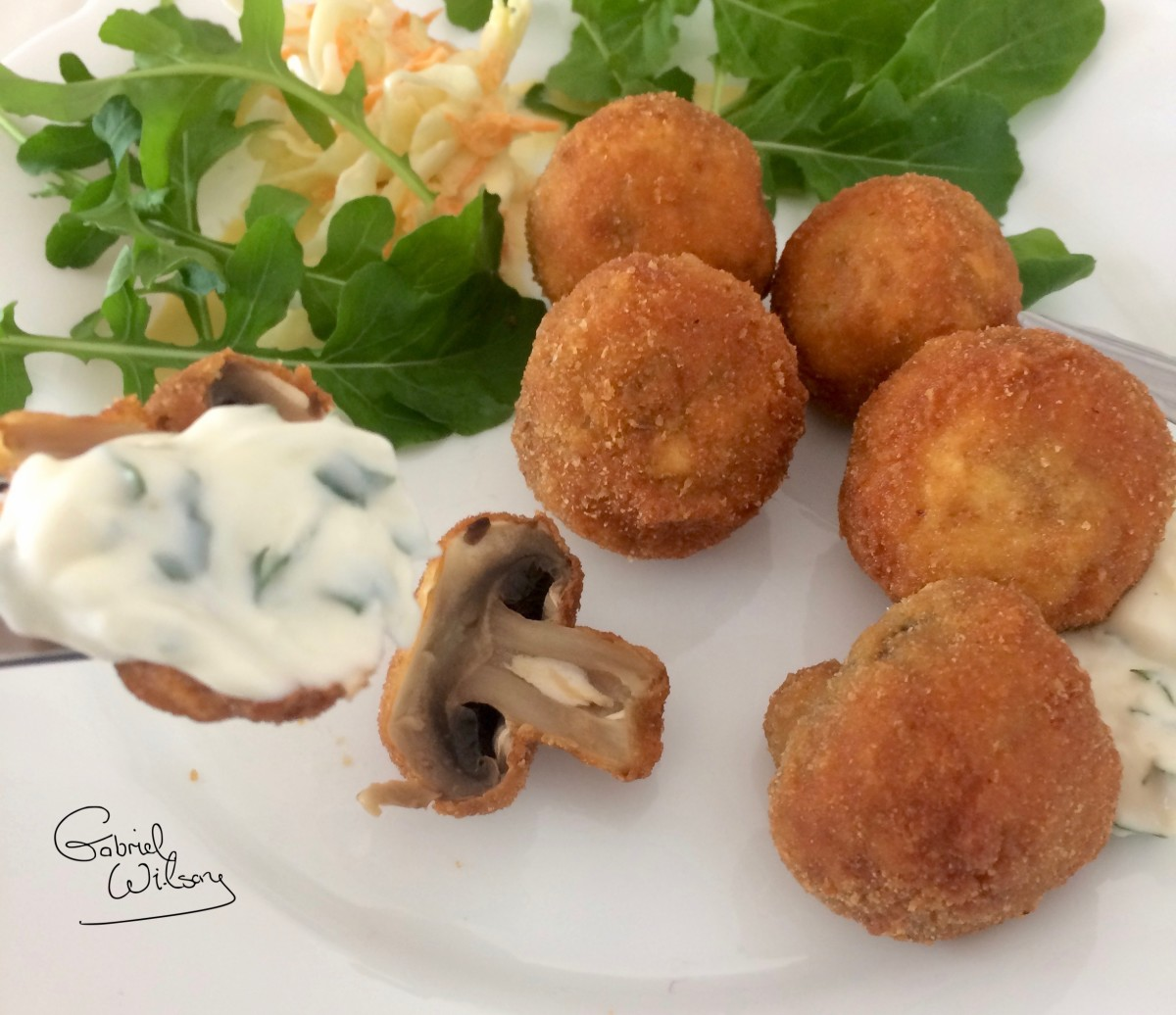 Tasty Vegetarian Starter Recipe: Deep-Fried Breaded Mushrooms Served With Garlic Mayonnaise