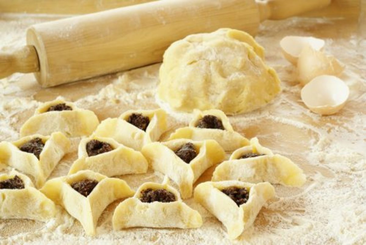 Sadly, we don't always have the time to make hamantaschen in the traditional way!