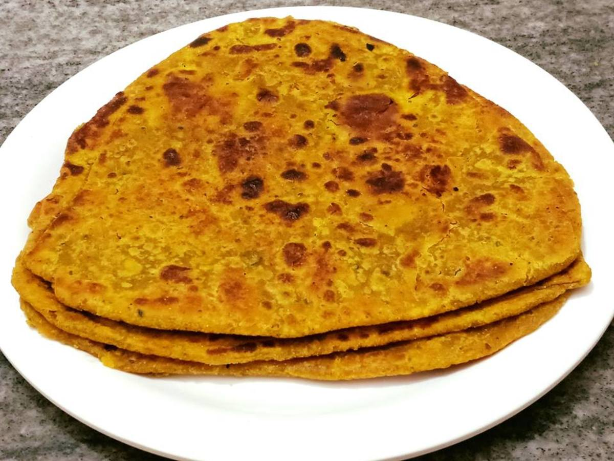 Achari Paratha Recipe (Paratha With Mango Pickle)