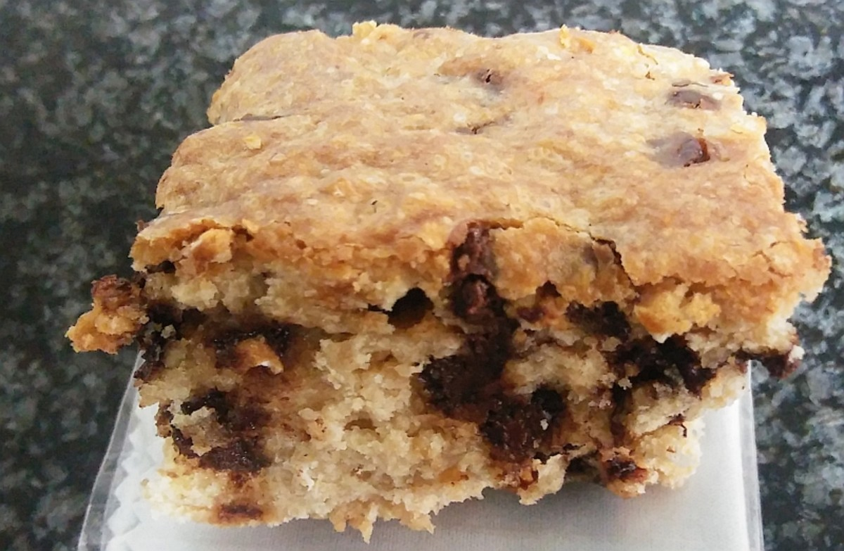 Gluten-Free Oatmeal Squares With Chocolate Chips