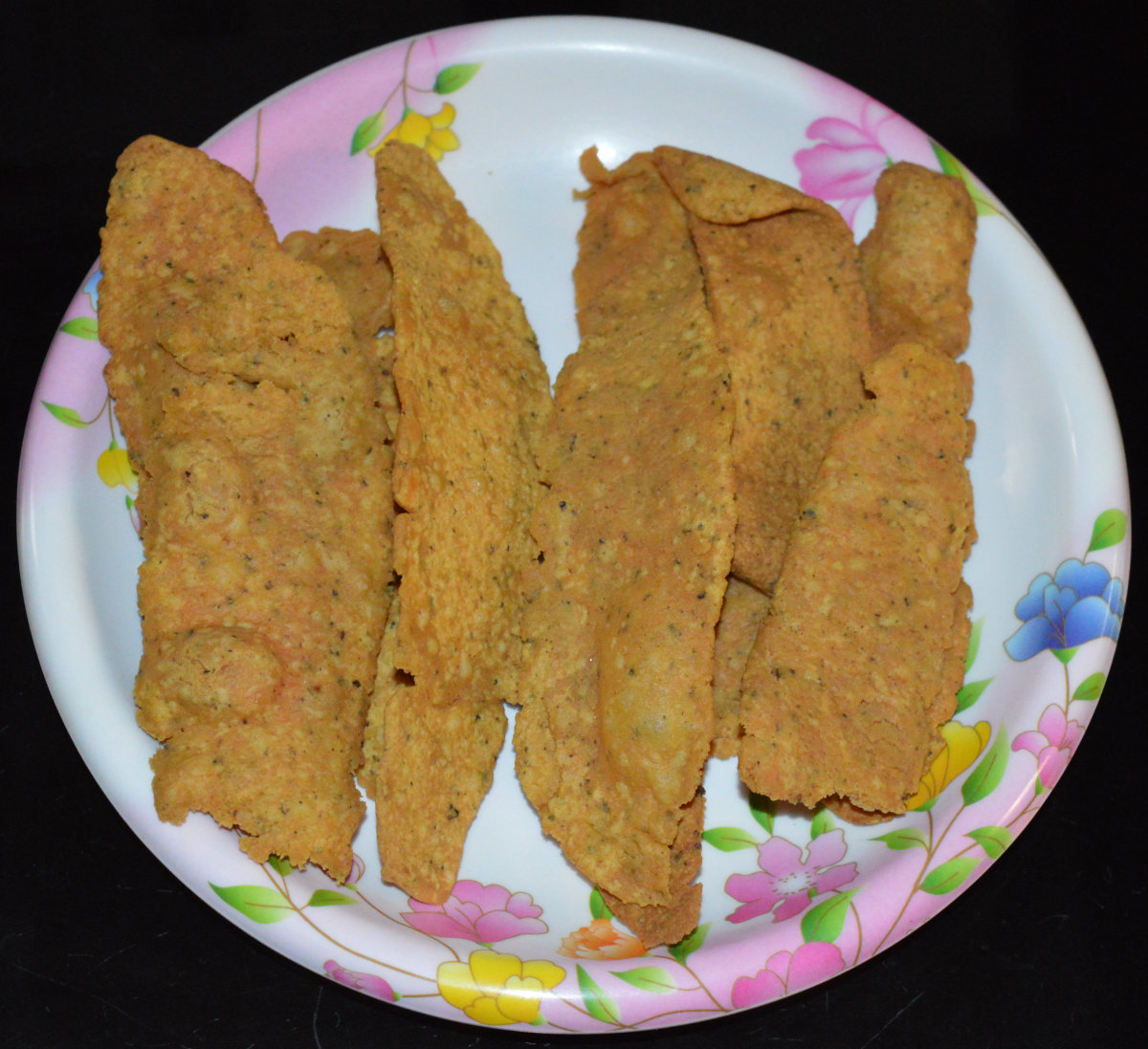Teatime Snacks: How to Make Gram Flour (Besan) Fafda