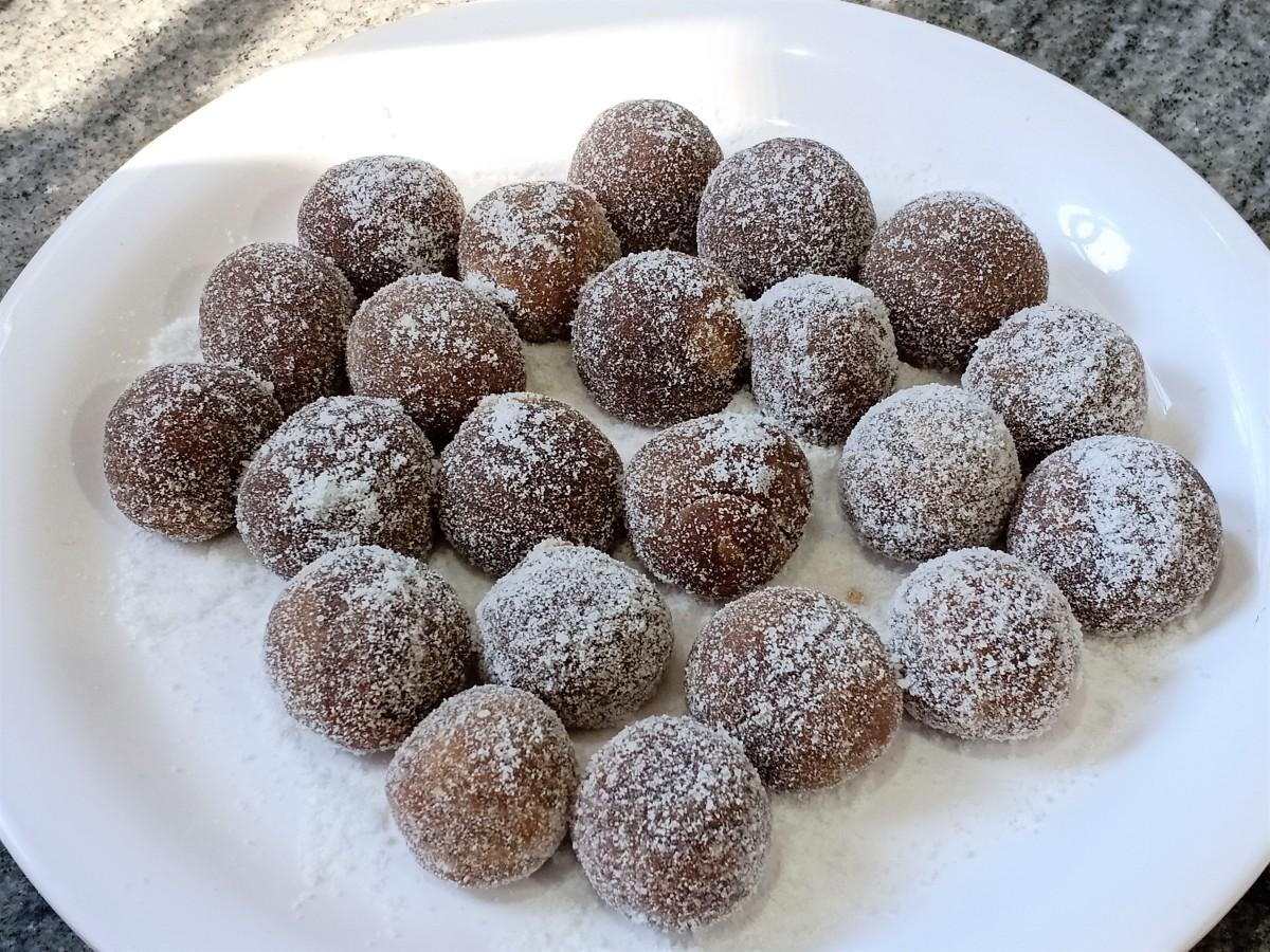 Amla gatagat, the soft Indian gooseberry candy.