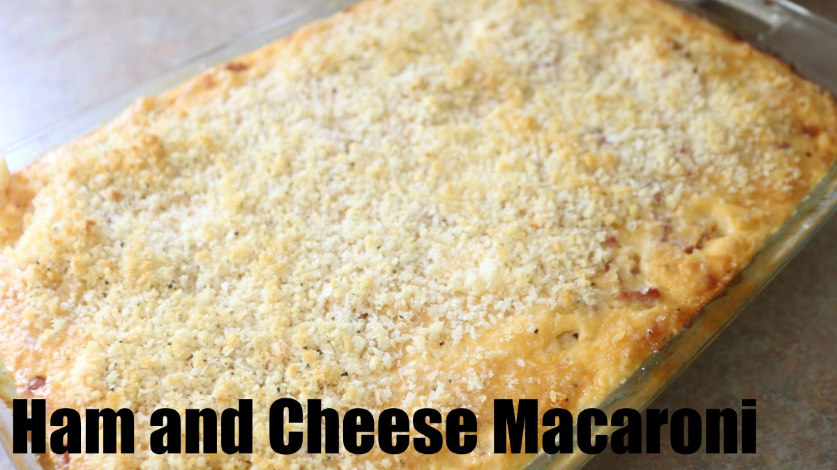 The perfect recipe for leftover ham, this macaroni comes together in no time. A delicious comfort food!