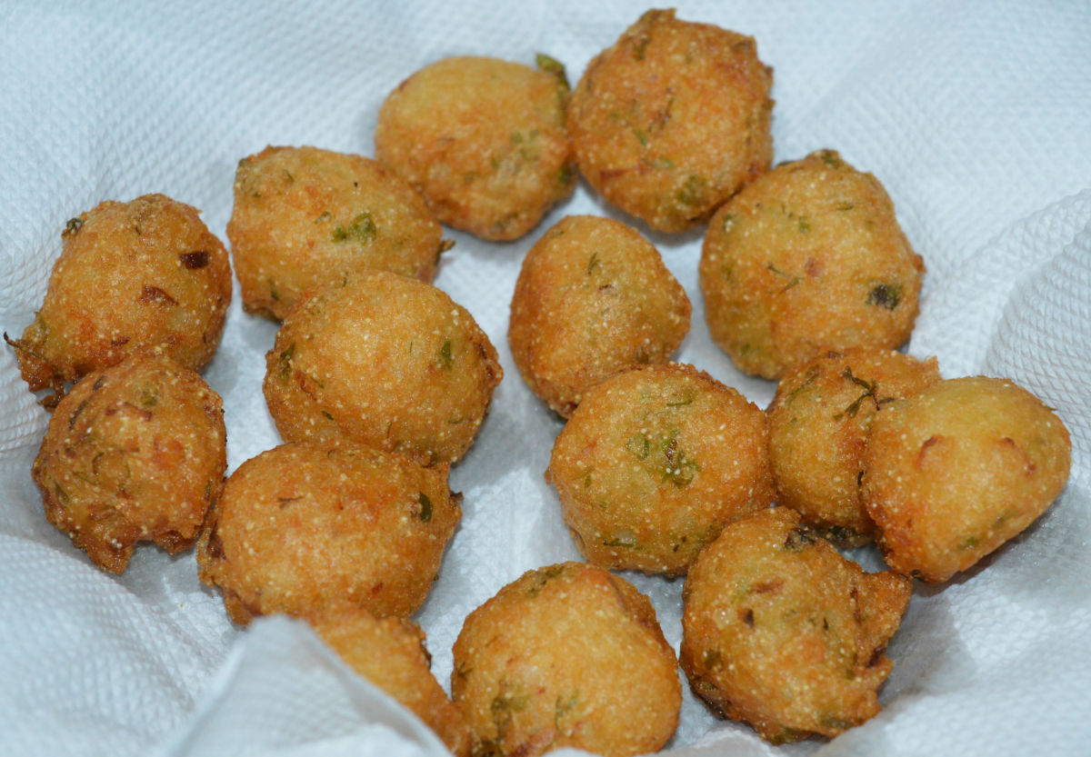 How to Make Idli Batter Pakora (Punugulu)