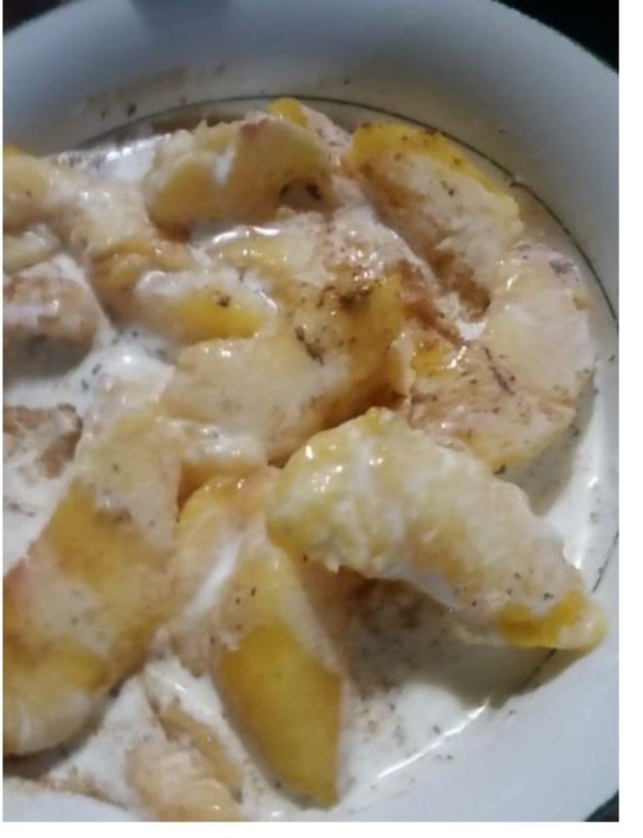peeled-peaches-and-heavy-whipping-cream