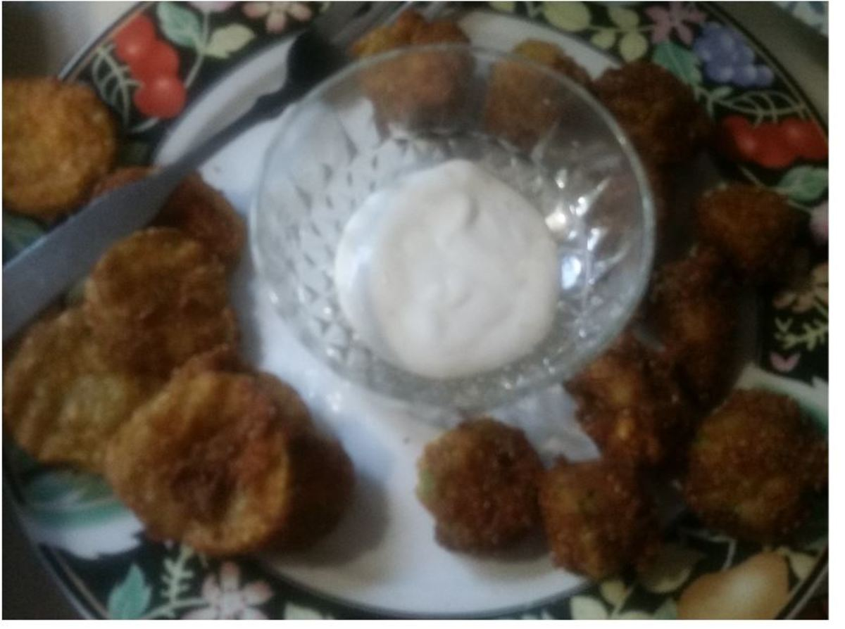 Deep-fried pickles on the left. Okra on the right.