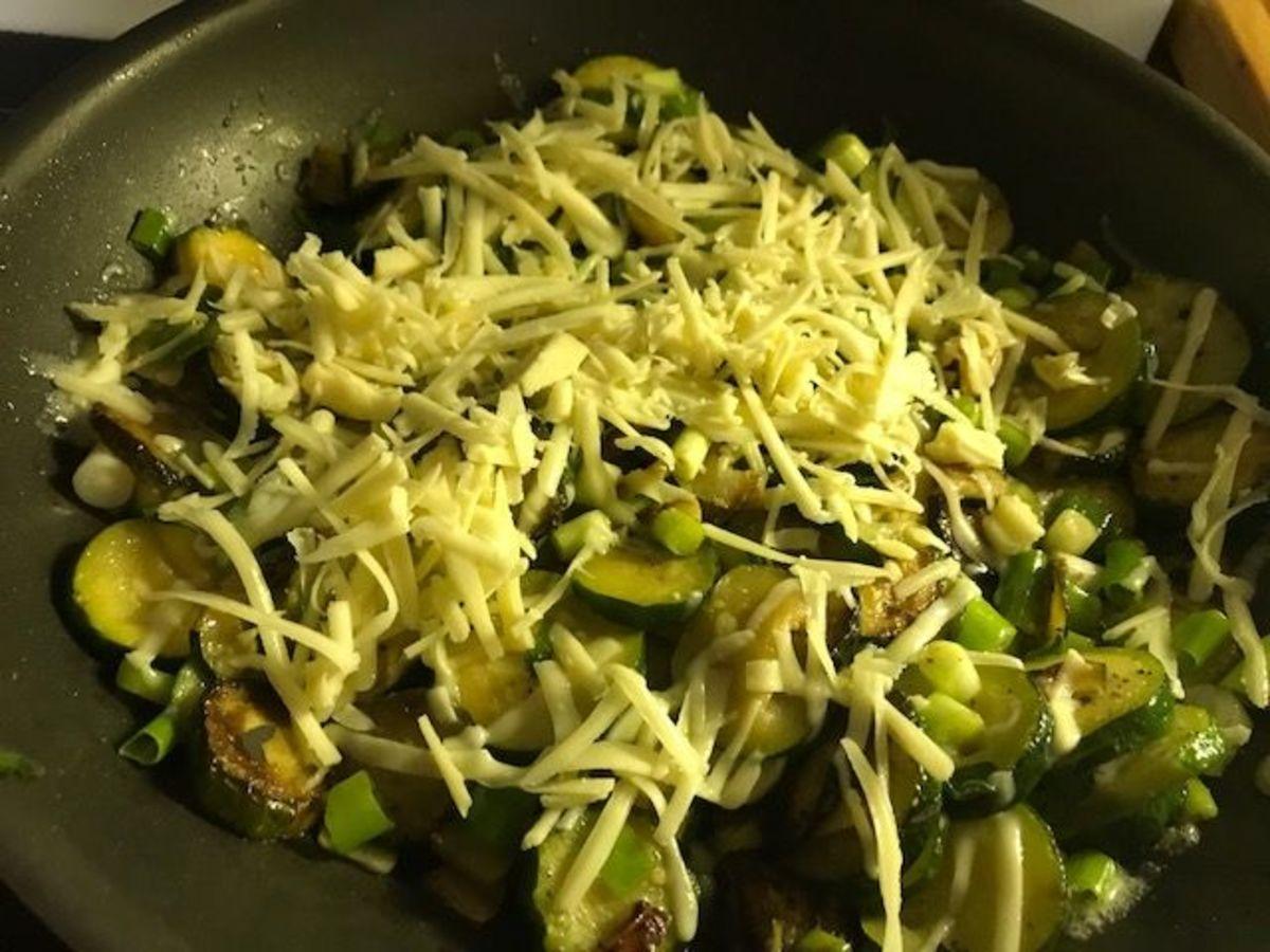 Cheesy Zucchini with Garlic and Green Onions