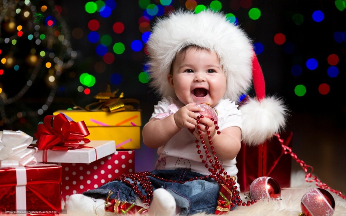 Newborn Christmas Pictures.What To Get A Newborn For Christmas Holidappy