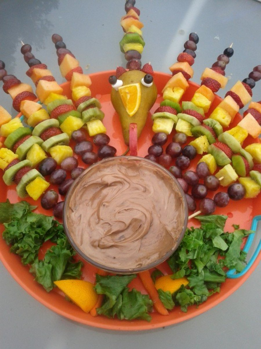 Learn how to make a beautiful fruit kabob turkey centerpiece!