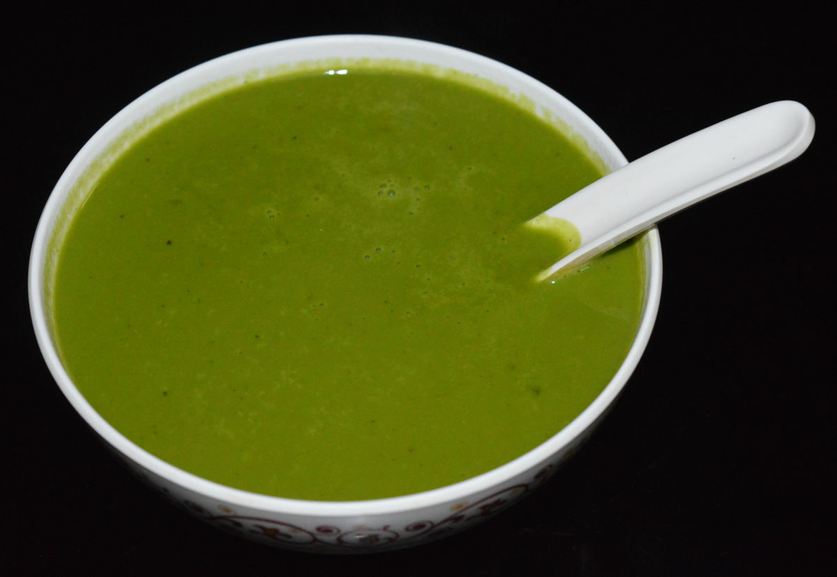 How to Make Delicious Spinach and Carrot Puree Soup