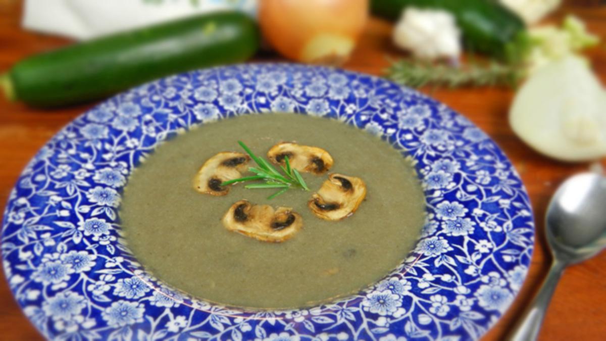 Non-Dairy, Healthy Cream of Mushroom Soup