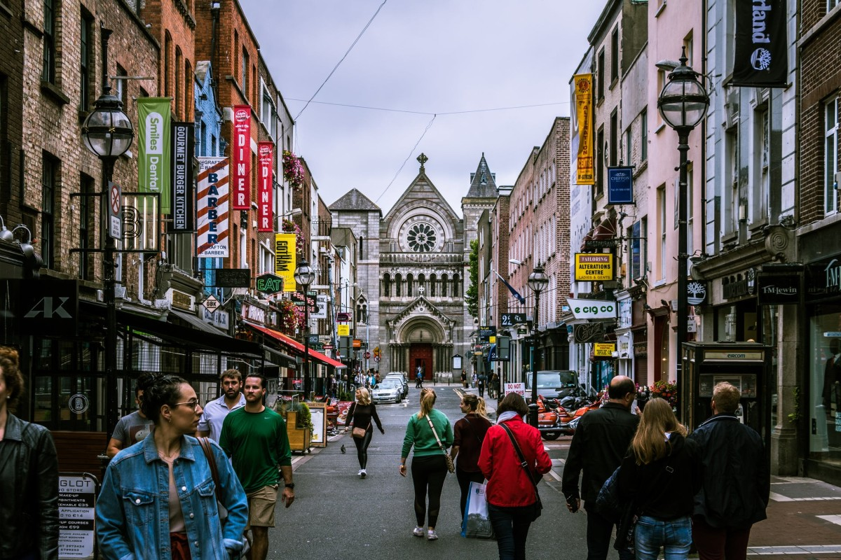 Best Pubs in Dublin Where You Should Stop for a Beer