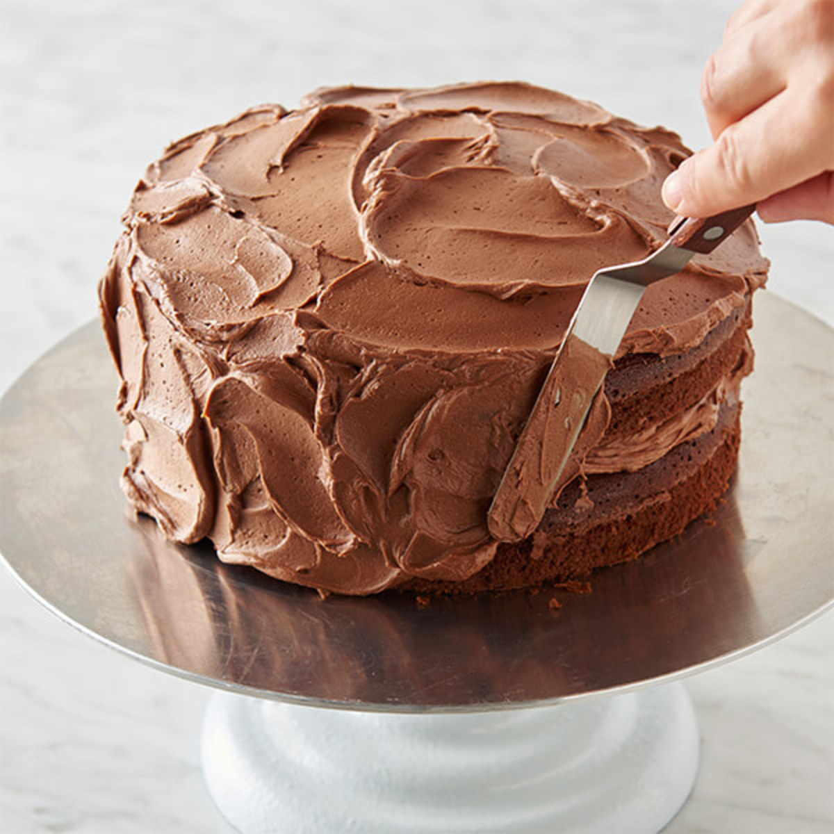 Frosting vs. Icing for Cakes, Cookies, and Donuts - Delishably