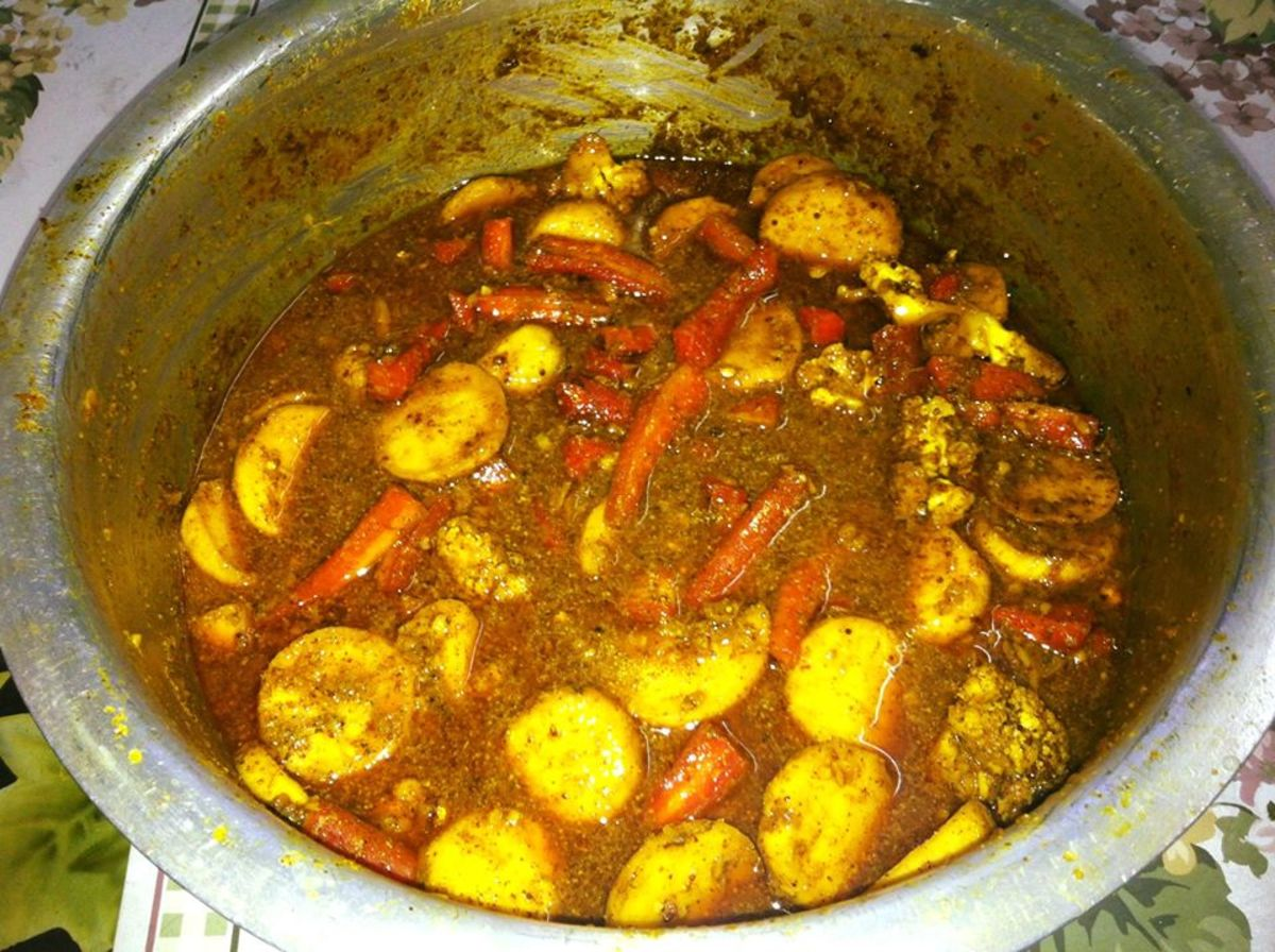 Punjabi sweet and sour mixed vegetable pickle