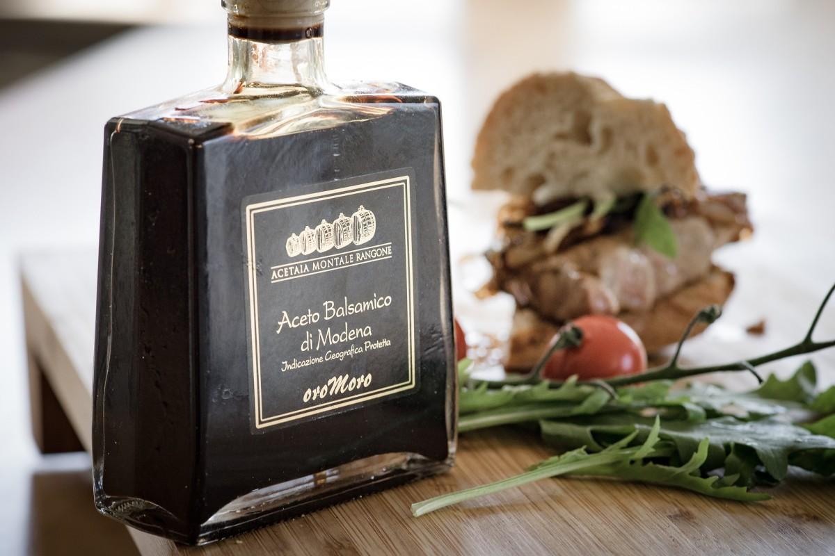Exploring Balsamic Vinegar: History and Recipes