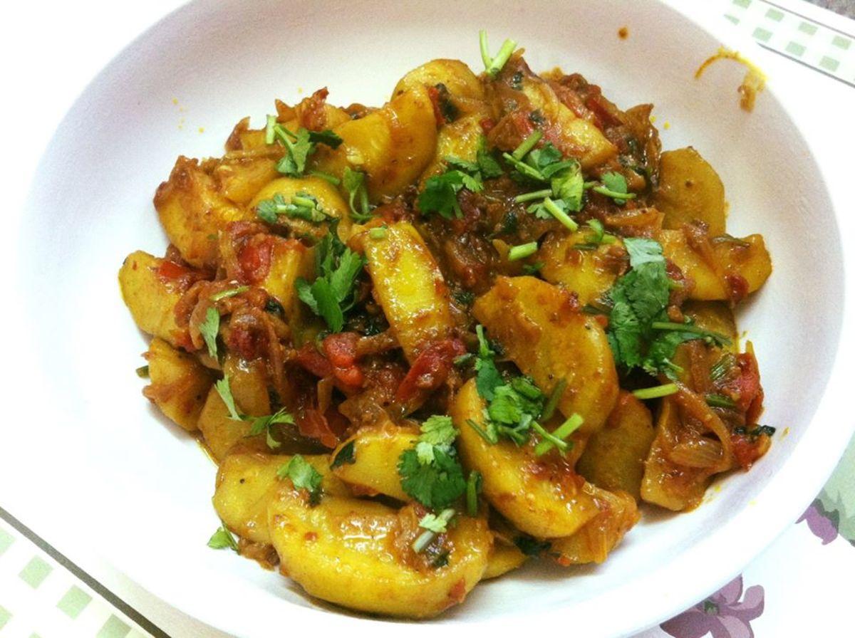 Chappan Kaddu Ki Sabzi (Summer Squash Curry)